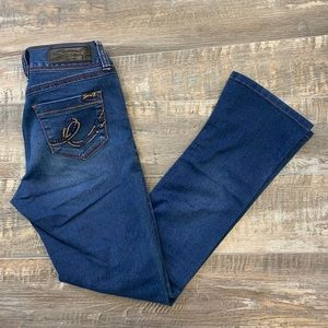 😊2/25. 7 For all mankind skinny jeans